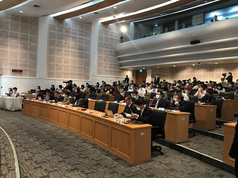 「2020通傳資料應用與法制整備研討會」於集思交通部國際會議中心3樓及4樓舉行,吸引產業、學術與公協會等相關領域人士踴躍報名參加。